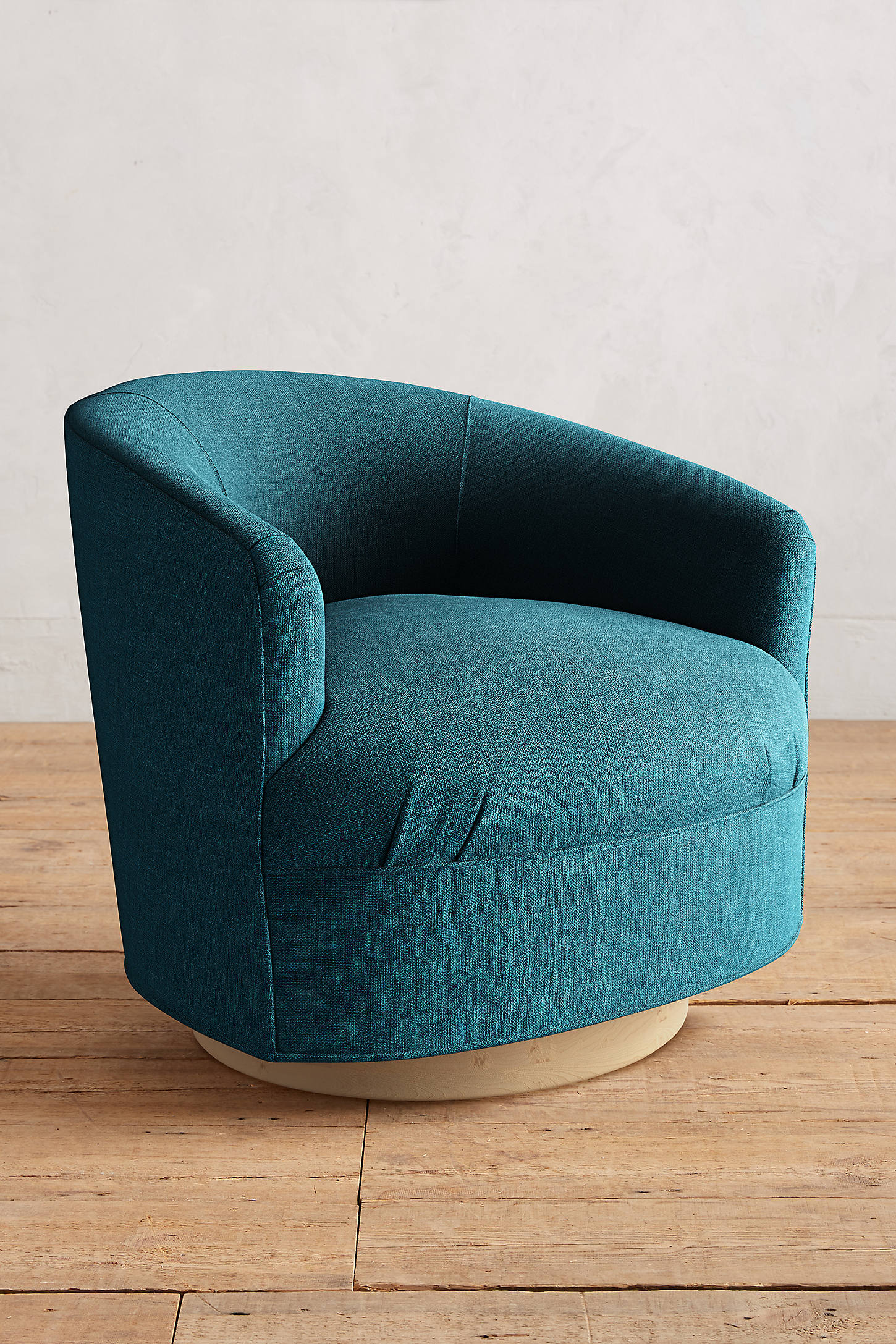 Basketweave Linen Amoret Swivel Chair