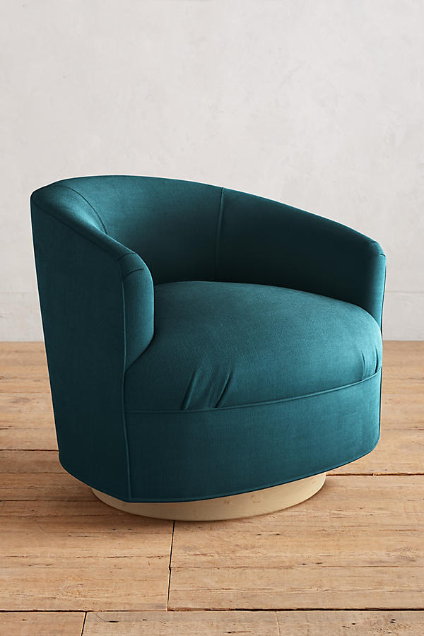 Slide View: 1: Belgian Linen Amoret Swivel Chair