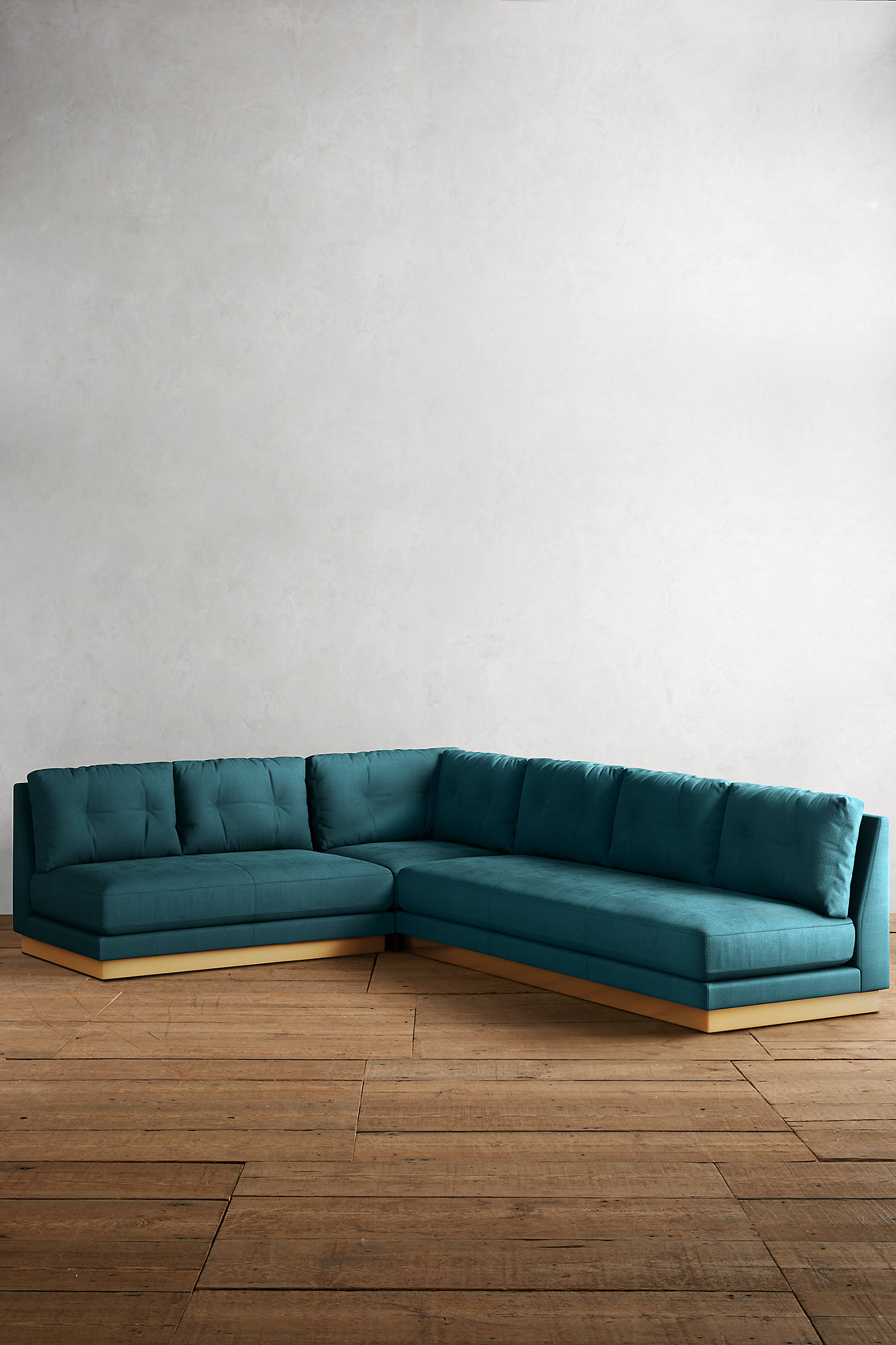Belgian Linen Cardiff Sectional