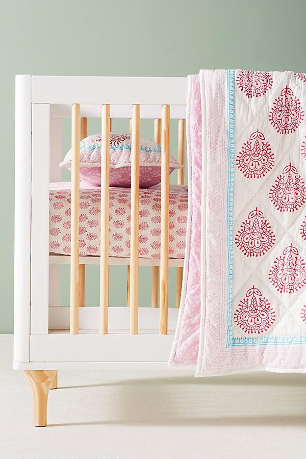 Slide View: 3: Red Florals Crib Sheet