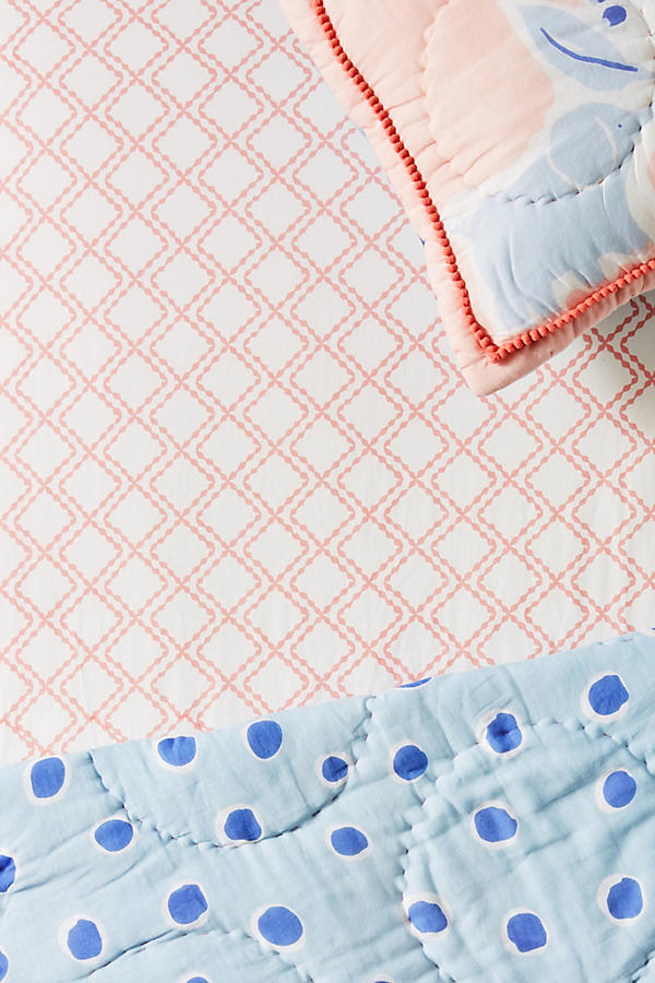 Slide View: 1: Scalloped Diamonds Crib Sheet