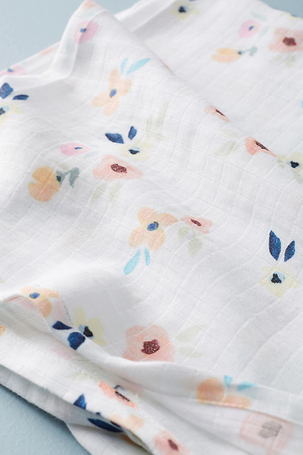 Slide View: 2: Picturesque Florals Swaddle