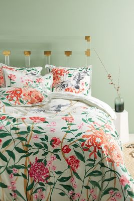 bedding anthropologie - Quilted Bed Frames