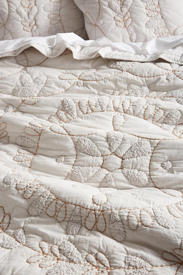 Slide View: 2: Embroidered Alia Quilt