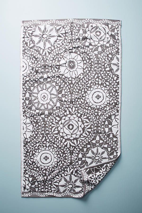 Slide View: 3: Merida Jacquard Towel Collection