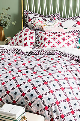 Slide View: 1: Bonnie and Neil Printed Duvet Cover