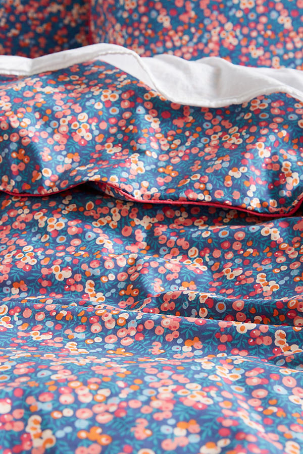 Slide View: 2: Liberty for Anthropologie Wiltshire Berry Duvet Cover