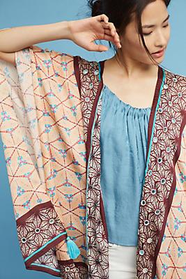 Slide View: 1: Lynnie Tasseled Kimono