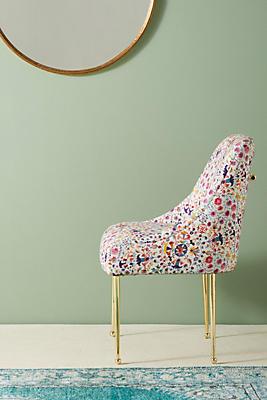 Slide View: 1: Badia-Printed Elowen Chair