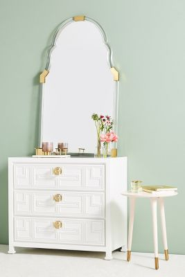 lacquered carre threedrawer dresser