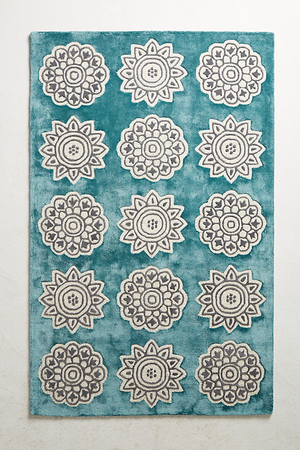 Floral Medallion Rug Swatch - Mint, Size Swatch