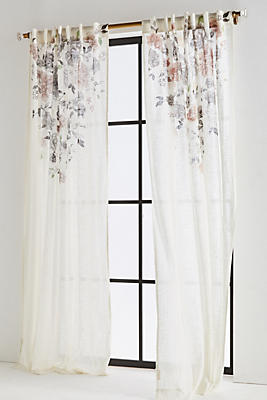 Slide View: 1: Felicity Curtain