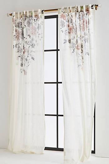 Felicity Curtain