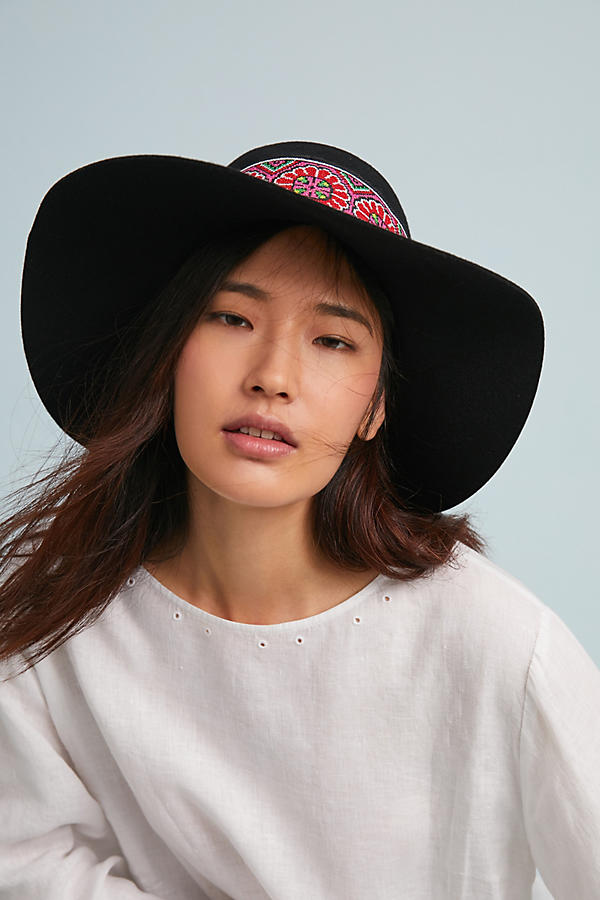Slide View: 1: Tess Embroidered Hat
