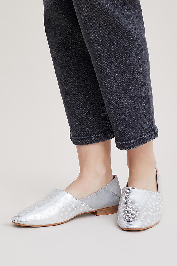 Slide View: 2: Vanessa Wu Keli Star-Print Metallic Leather Flats