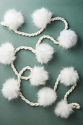 Pommed Snowballs Garland