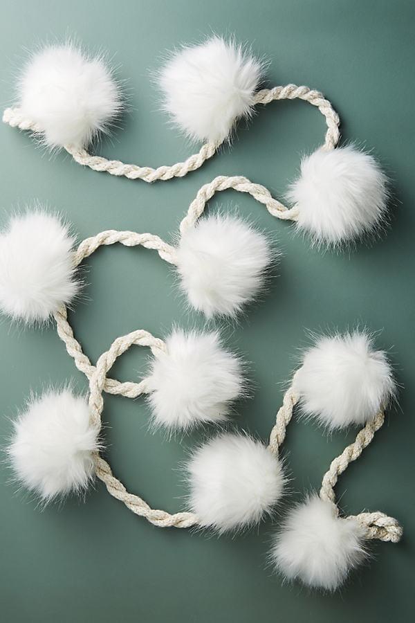 Pommed Snowballs Garland - Ivory