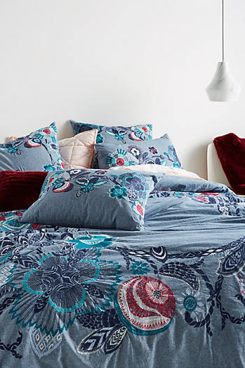 Inouitoosh Embroidered Duvet