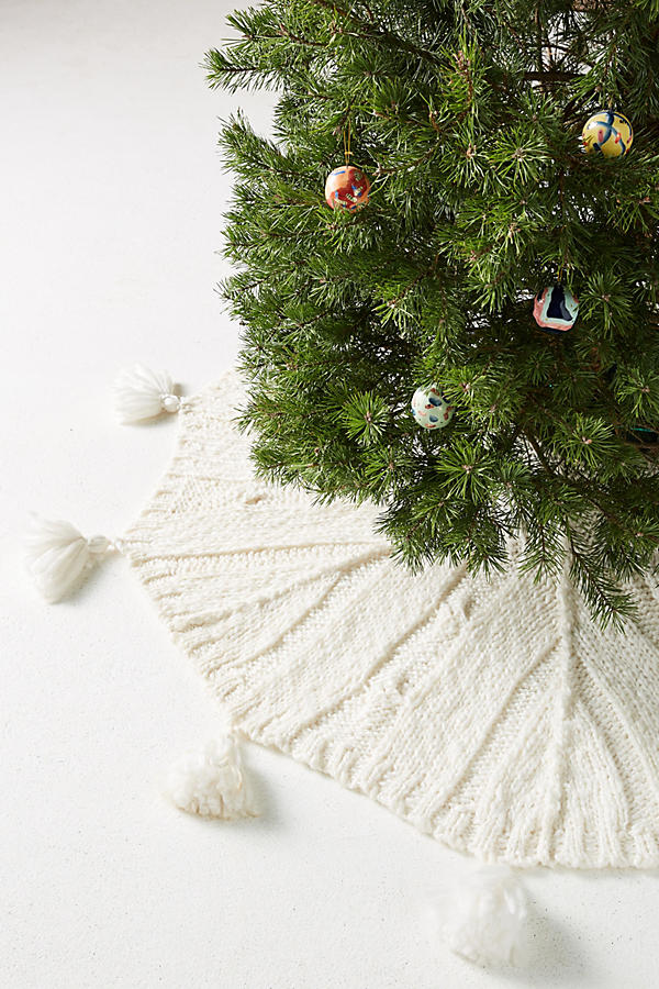 slide view 1 cozy knit tree skirt - White Christmas Tree Skirt