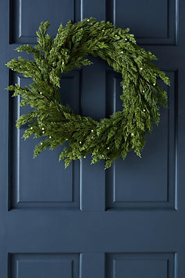 Slide View: 1: Classic Pine Wreath