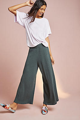 Slide View: 1: Ribbed Cropped Wide-Legs