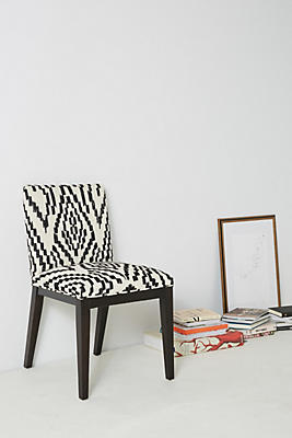 Slide View: 1: Maura-Printed Emrys Chair