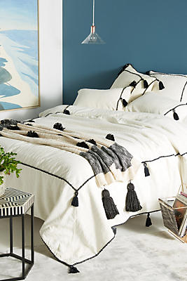 Slide View: 1: Tasseled Border Duvet