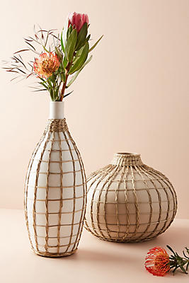 Slide View: 1: Wrapped Seagrass Vase