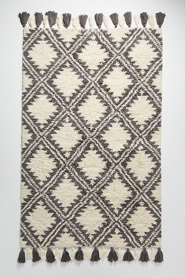 Tufted Essa Rug - Neutral Motif, Size 5X8