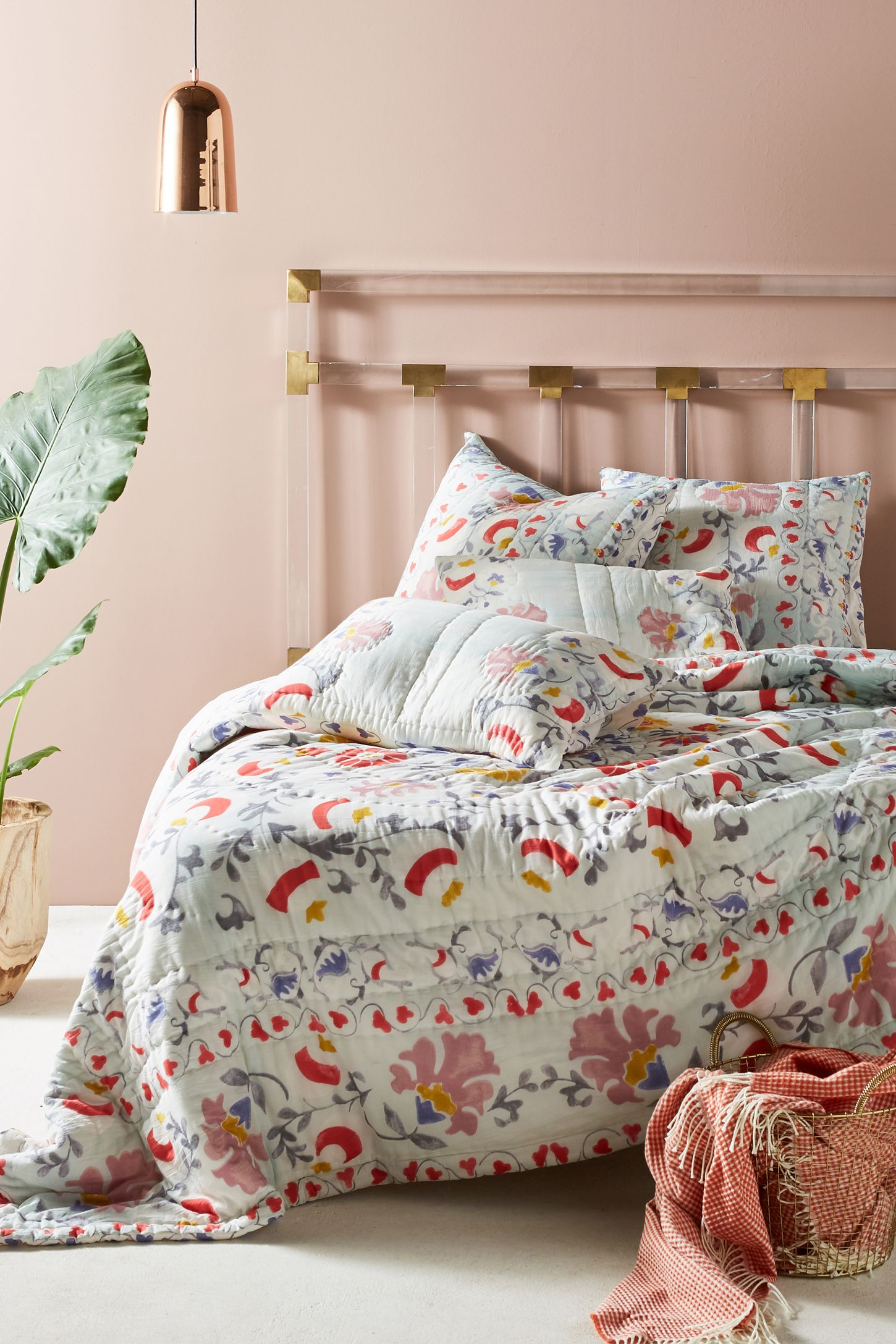Shop Unique Quilts & Bedding Coverlets | Anthropologie : bedding quilts - Adamdwight.com
