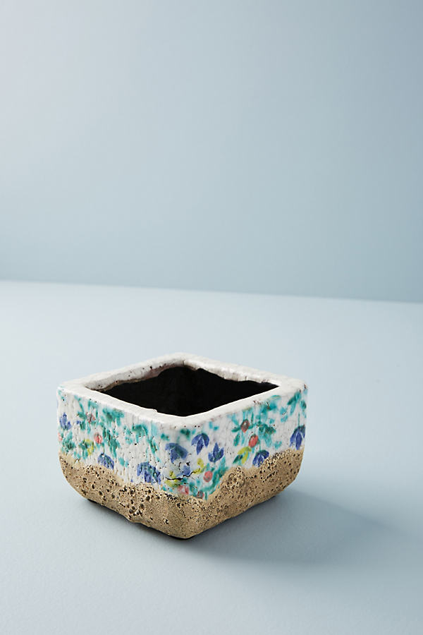 Naeva Small Pot - Assorted, Size S