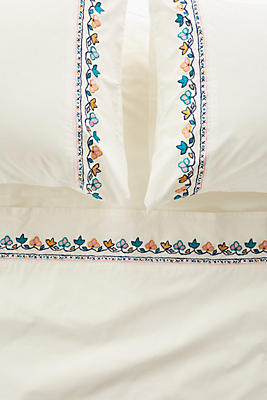Slide View: 1: Embroidered Jordenna Sheet Set