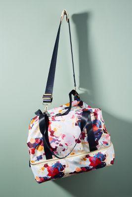 Floral Overlay Weekender Bag  -    WINE