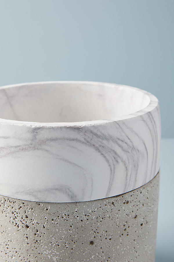 Slide View: 5: Marbled Cement Pot