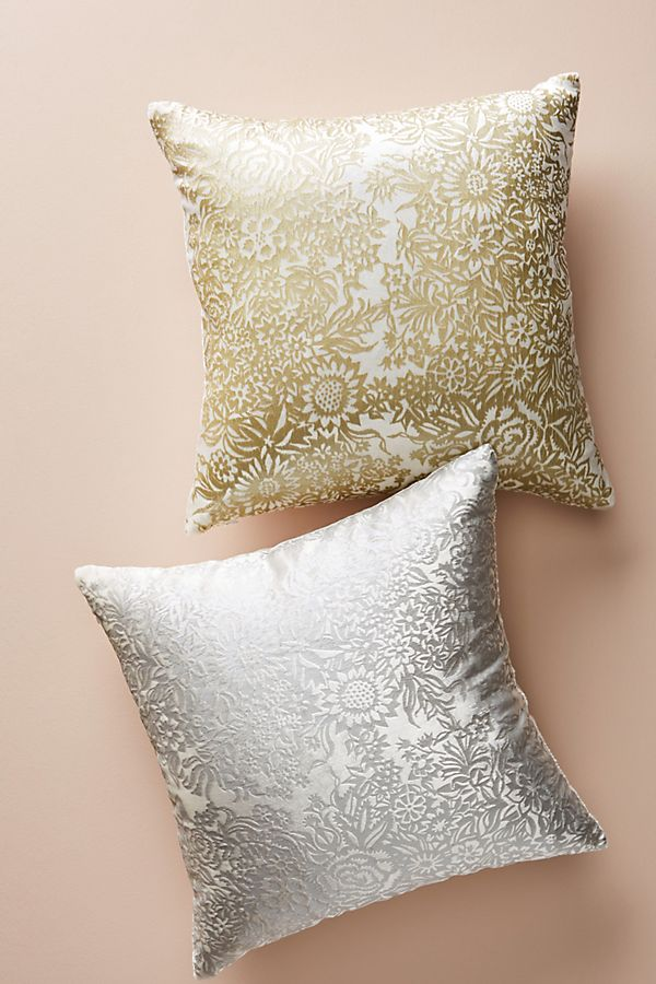 Slide View: 1: Kevin O'Brien Garland Velvet Pillow