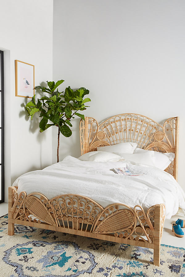 Kinsella Rattan Bed - Sand, Size Eu King