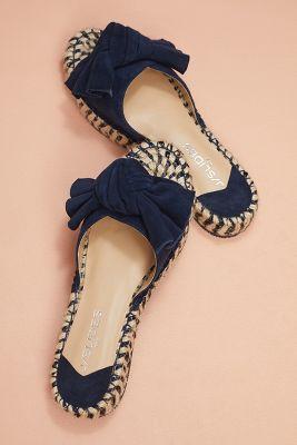 J/Slides   J/Slides Ritsy Bow Slide Sandals  -    HONEY