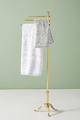 Slide View: 1: Pedestal Towel Stand