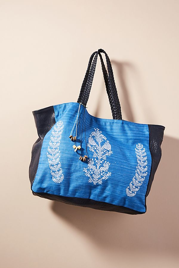 Floral Embroidered Tote Bag (2 Colors)