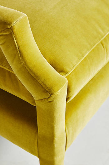 Slide View: 6: Chaise en velours Delaney