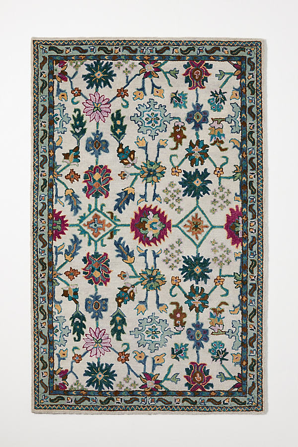 Tufted Suza Floral Rug
