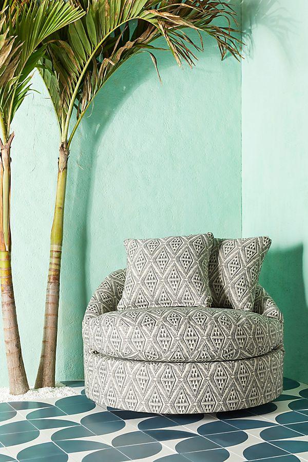 Slide View: 1: Barwick Indoor/Outdoor Swivel Chair