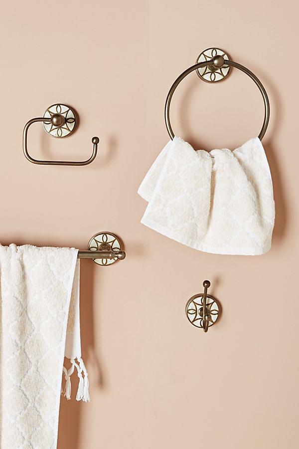 Launis Bath Collection - Brown, Size M