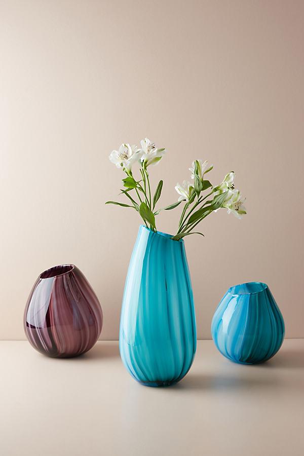 Lilith Vase in abgestimmten Farbtönen - Purple