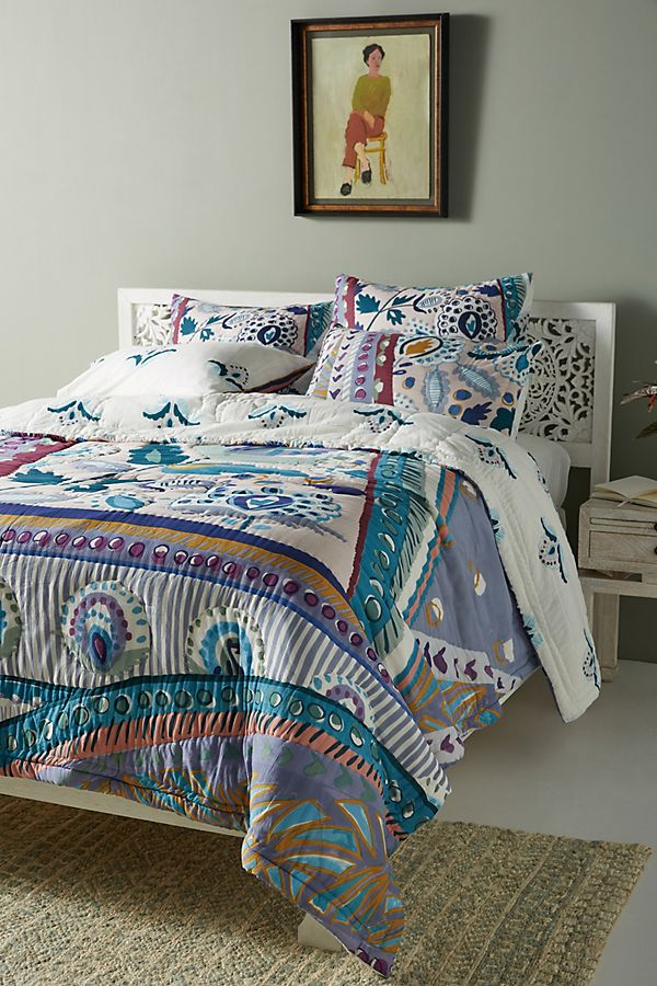 Slide View: 1: Sunder Quilt