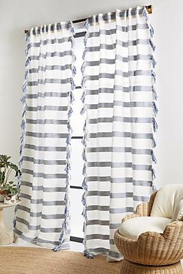 Slide View: 1: Liyat Curtain