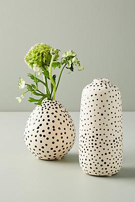 Slide View: 1: Taiki Dotted Vase