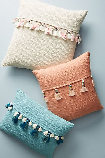 Varied tassel pillow