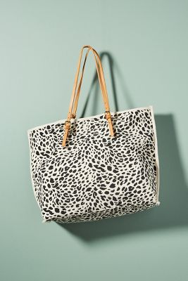 Leopard-Printed Tote Bag  -    BLACK & WHITE