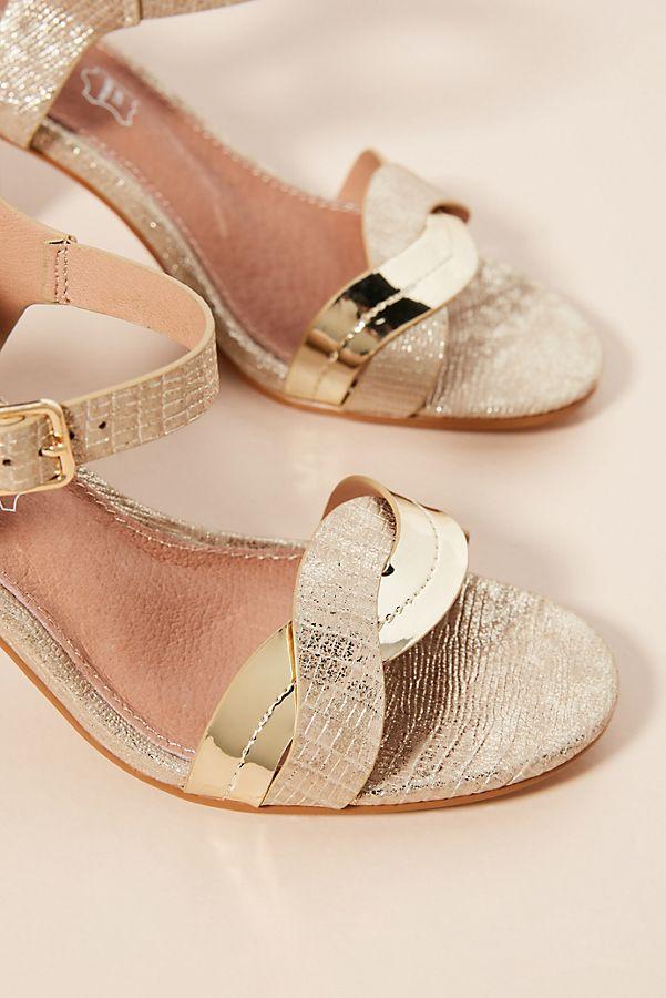 Vanessa Wu Metallic Wave Heeled Sandals discount excellent ay4IDBe2h